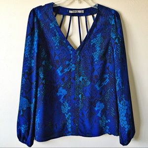 {Aryn K} Blue Snakeprint Blouse Cutout Back Large